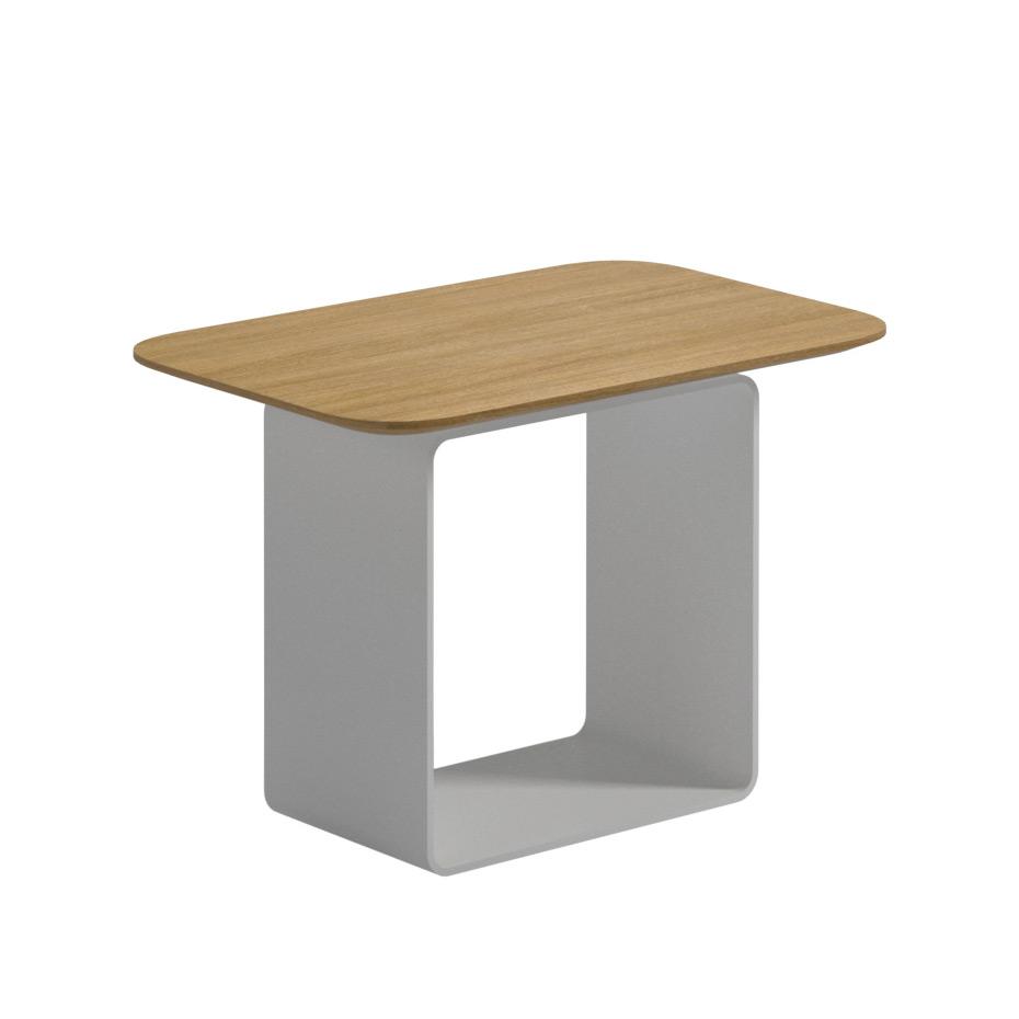 gloster clamp tischchen m belwerk wien inspirierte. Black Bedroom Furniture Sets. Home Design Ideas